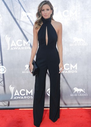 Renee Bargh: 2014 Academy of Country Music Awards -06