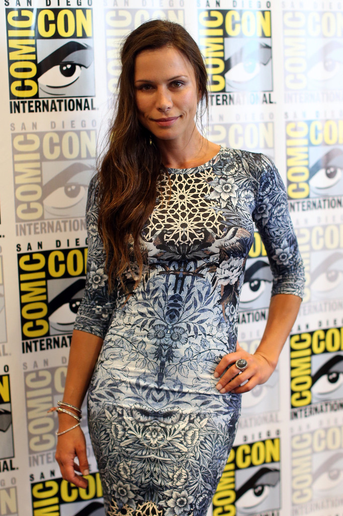 "Rhona Mitra at ""The Last Ship"" 2014 Comic-Con Press Line"