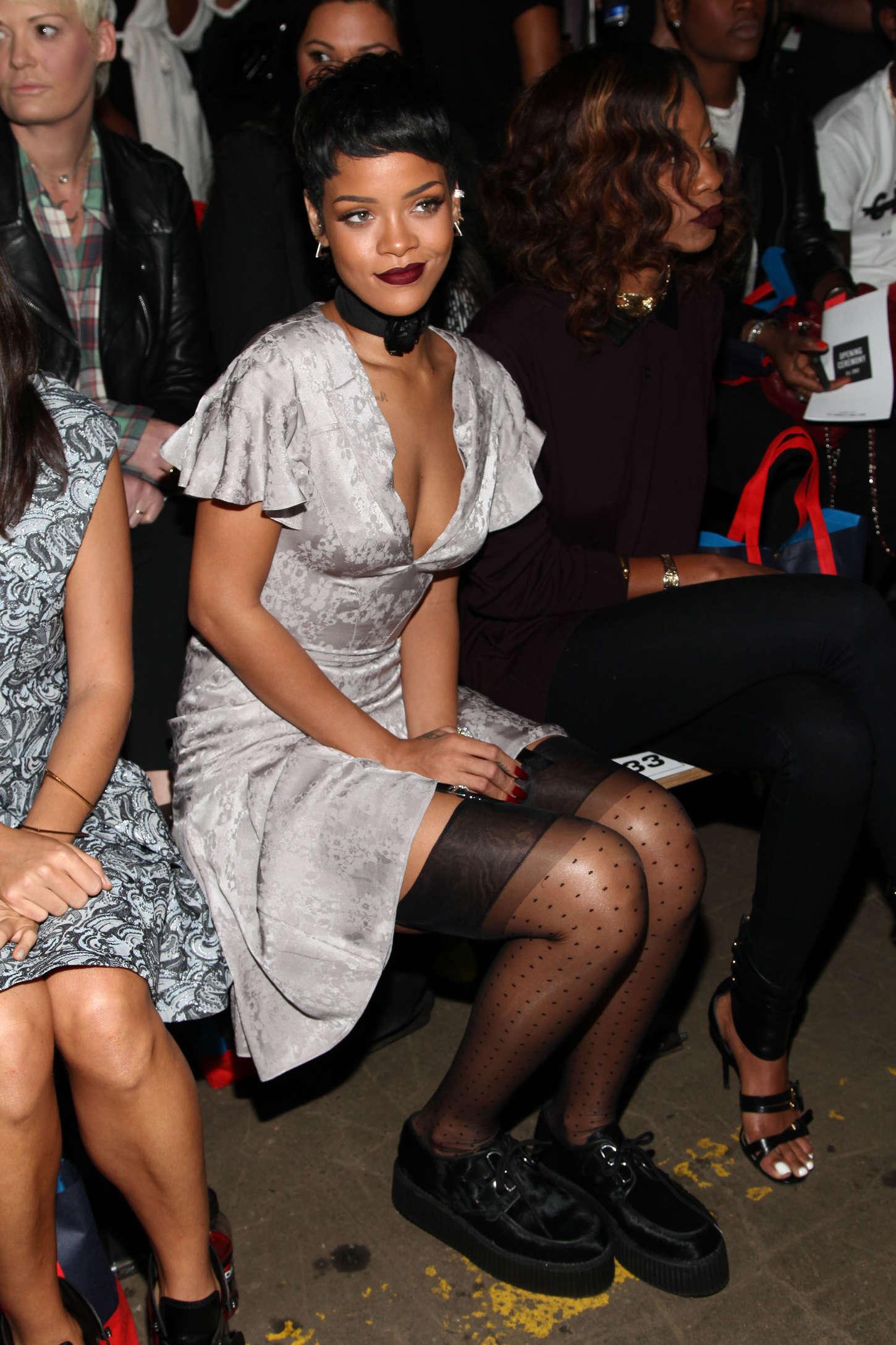 Rihanna Photos 2013 Fashion Show In New York Opening Ceremony 15 Gotceleb