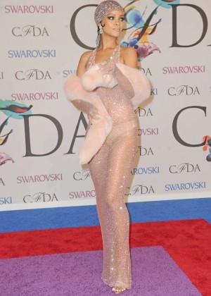 Rihanna Dress at 2014 CFDA Fashion Awards -08