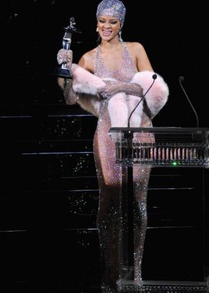 Rihanna Dress at 2014 CFDA Fashion Awards -13
