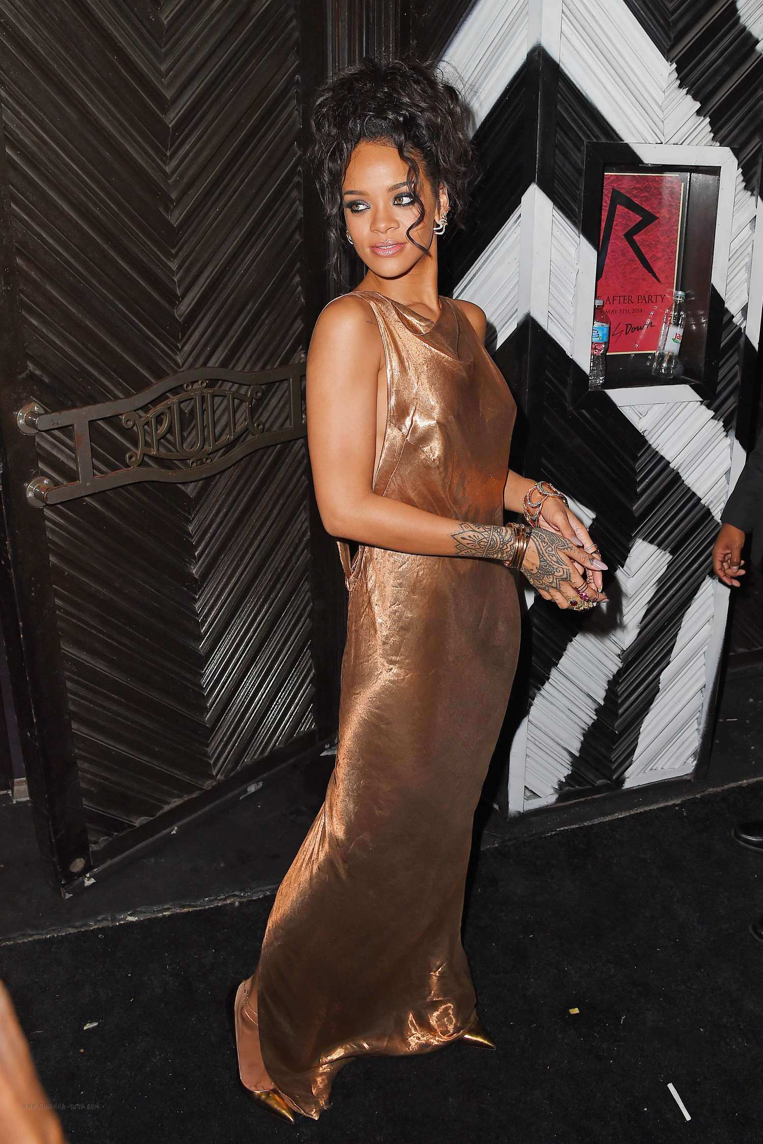 Rihanna: 2014 Met Ball After Party -07