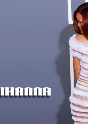 Rihanna 22 Hot Widescreen Wallpapers -06