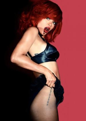 Rihanna 22 Hot Widescreen Wallpapers -09