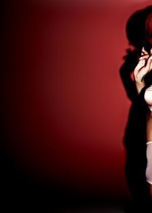 Rihanna 22 Hot Widescreen Wallpapers -12