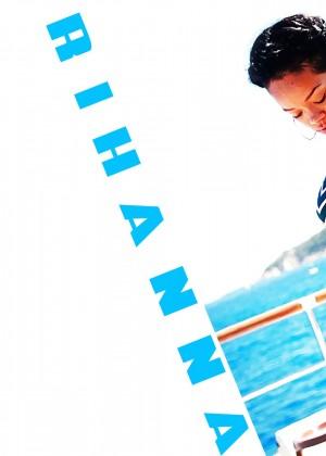 Rihanna 22 Hot Widescreen Wallpapers -17