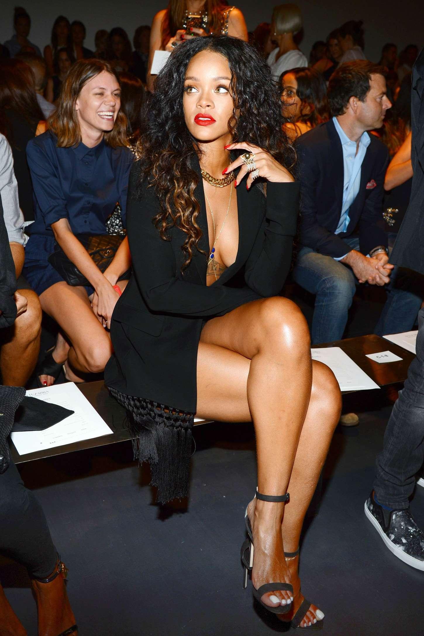 Rihanna 2014 : Rihanna: Altuzarra NY Fashion Show 2014 -03