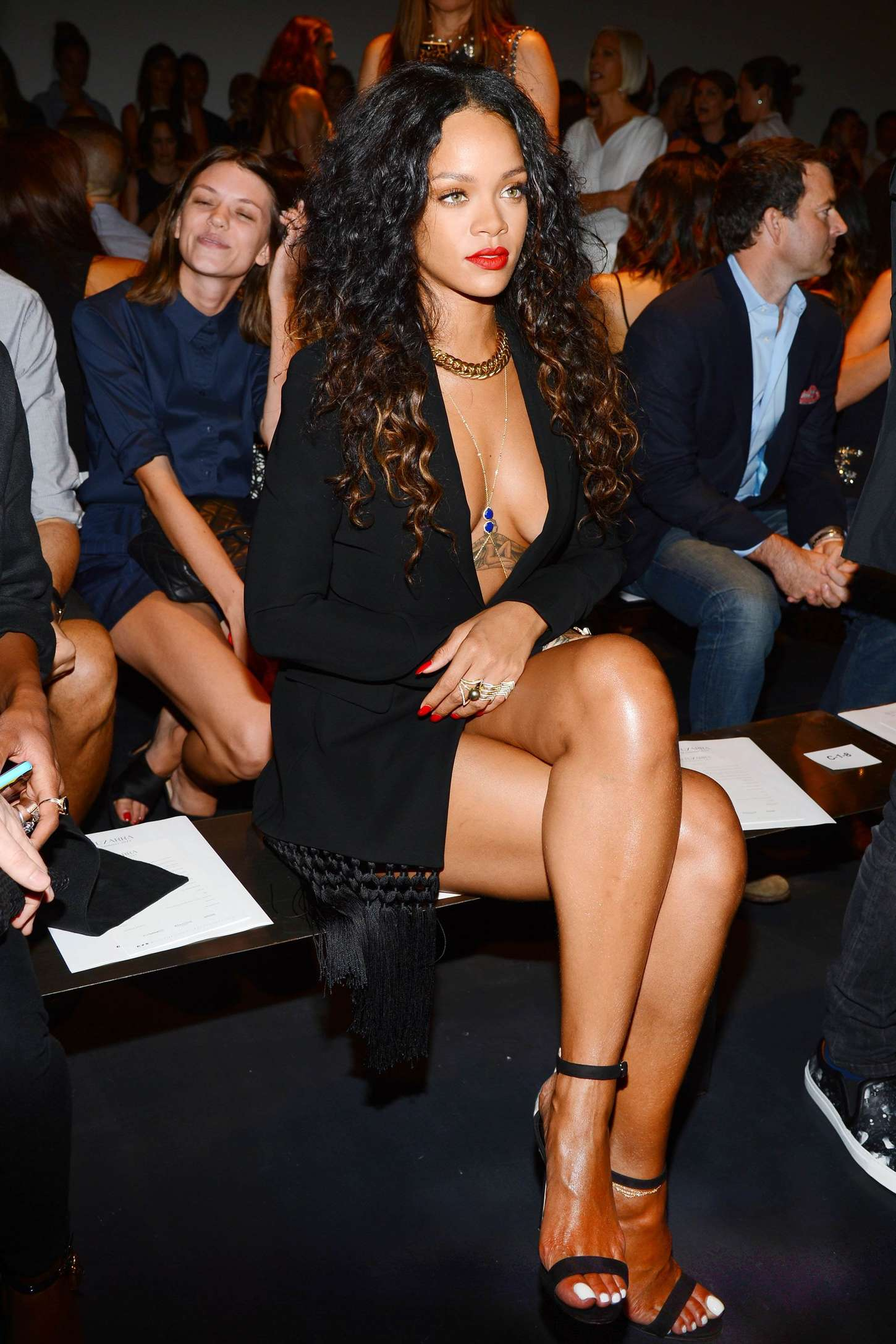 Rihanna 2014 : Rihanna: Altuzarra NY Fashion Show 2014 -06