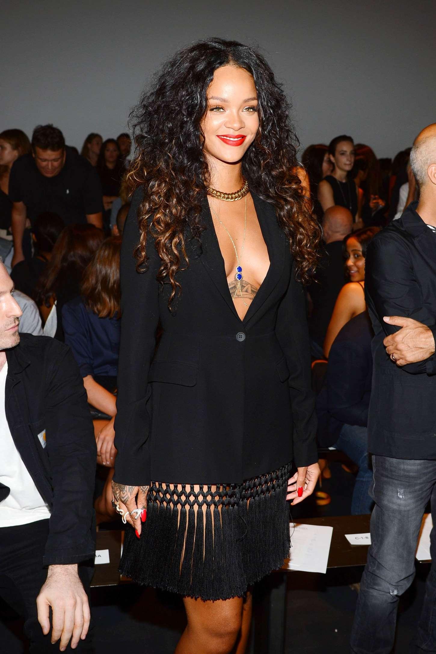 Rihanna 2014 : Rihanna: Altuzarra NY Fashion Show 2014 -07
