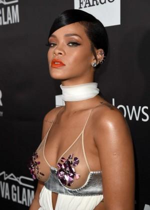 Rihanna: 2014 amfAR LA Inspiration Gala -03