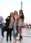 Rihanna and friends photoshoot in front of the Eiffel Tower-11
