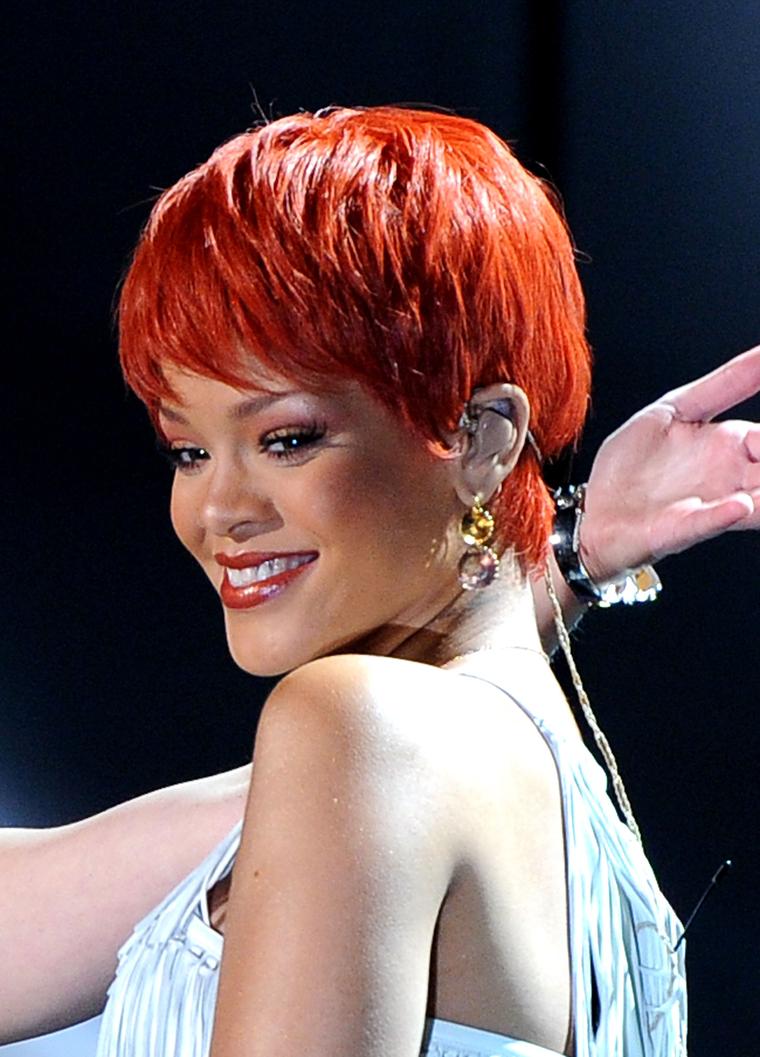 Rihanna 2011 : Rihanna-06