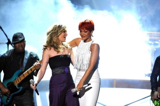 Rihanna 2011 : Rihanna-09