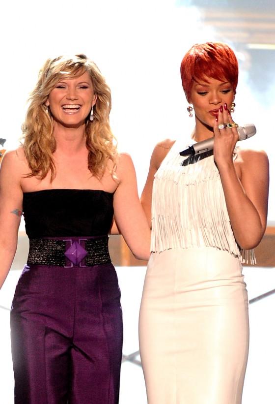 Rihanna 2011 : Rihanna-21