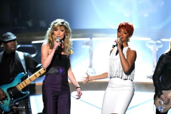 Rihanna 2011 : Rihanna-26