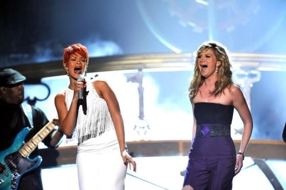 Rihanna 2011 : Rihanna-29