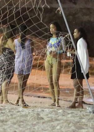 Rihanna bikini: Rio 2014 -06