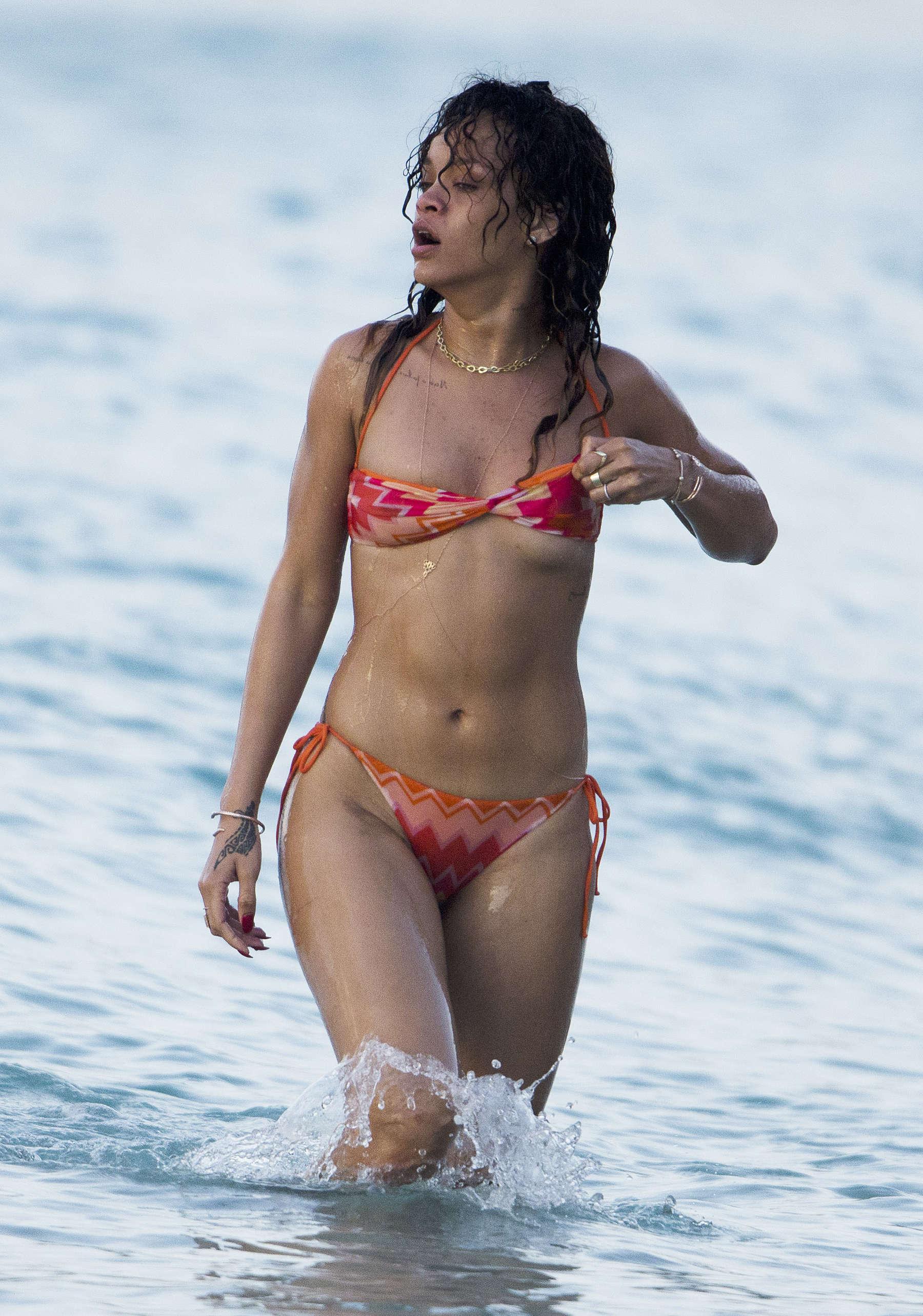 Rihanna In Bikini Pics 97