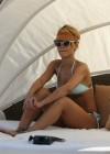 rihanna-bikini-pictures-07