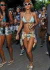 rihanna-bikini-pictures-12