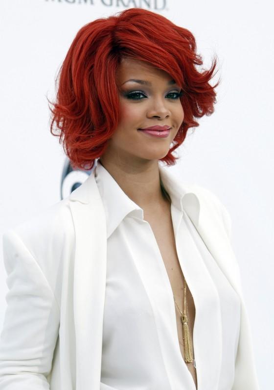 Rihanna – Billboard Music Awards 2011