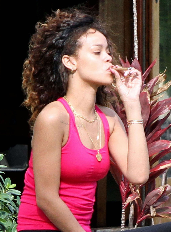 Rihanna  Love The Way You Lie Part II Lyrics  MetroLyrics
