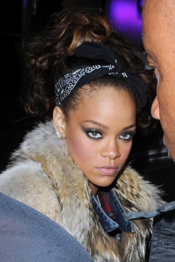 Rihanna – Candids in Mahiki Nightclub