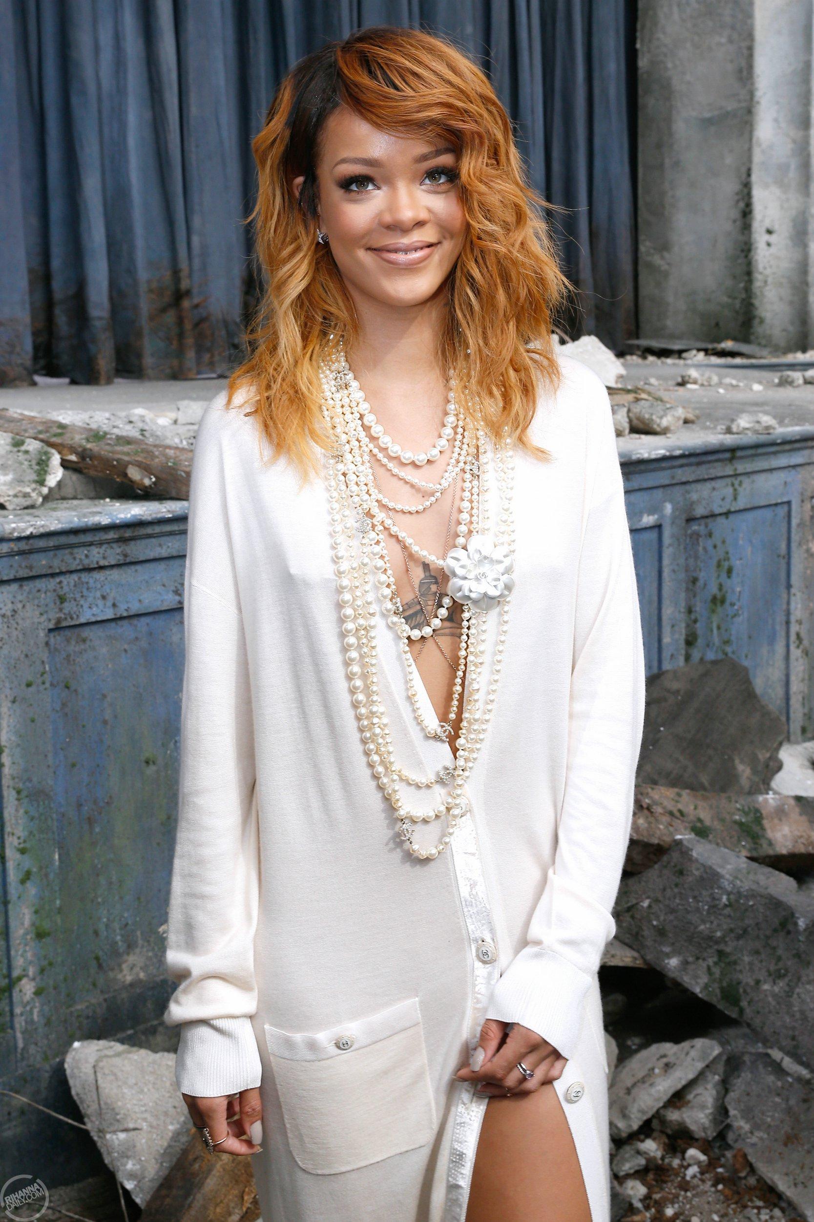 Queen of the Week : Rihanna | B as Blonde |Rihanna 2013