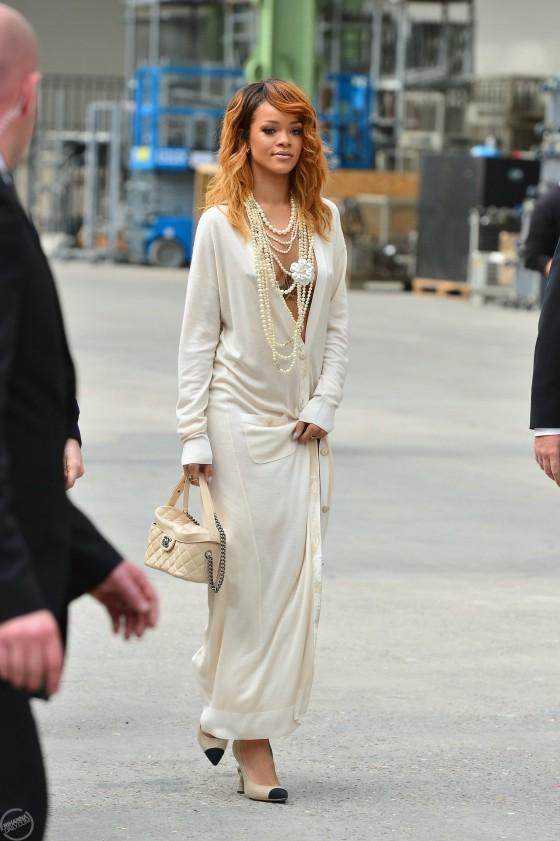 Rihanna Chanel 2013 Fashion Show In Paris 20 Gotceleb