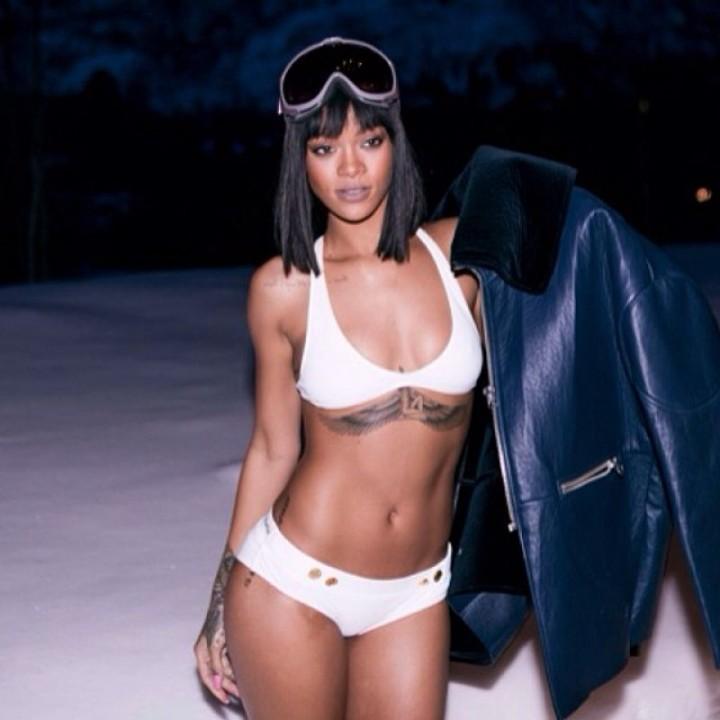 Rihanna enjoys hot tub in Aspen