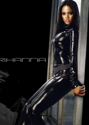 Rihanna Hot Widescreen Wallpapers -17