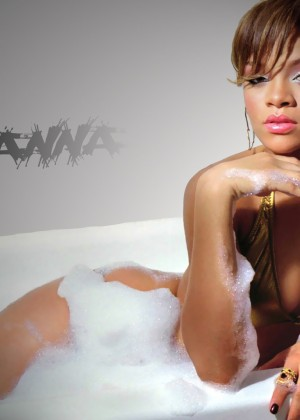 Rihanna Hot Widescreen Wallpapers -20