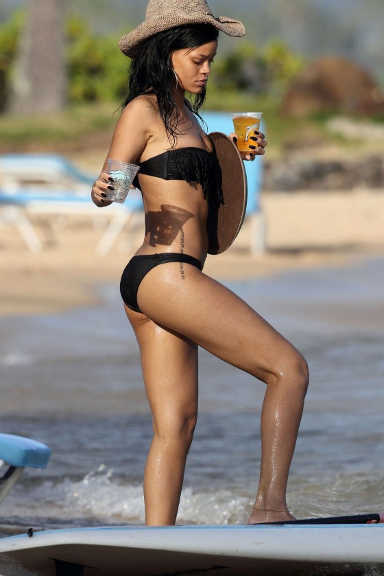 Rihanna - HQ Bikini in Hawaii - April 2012