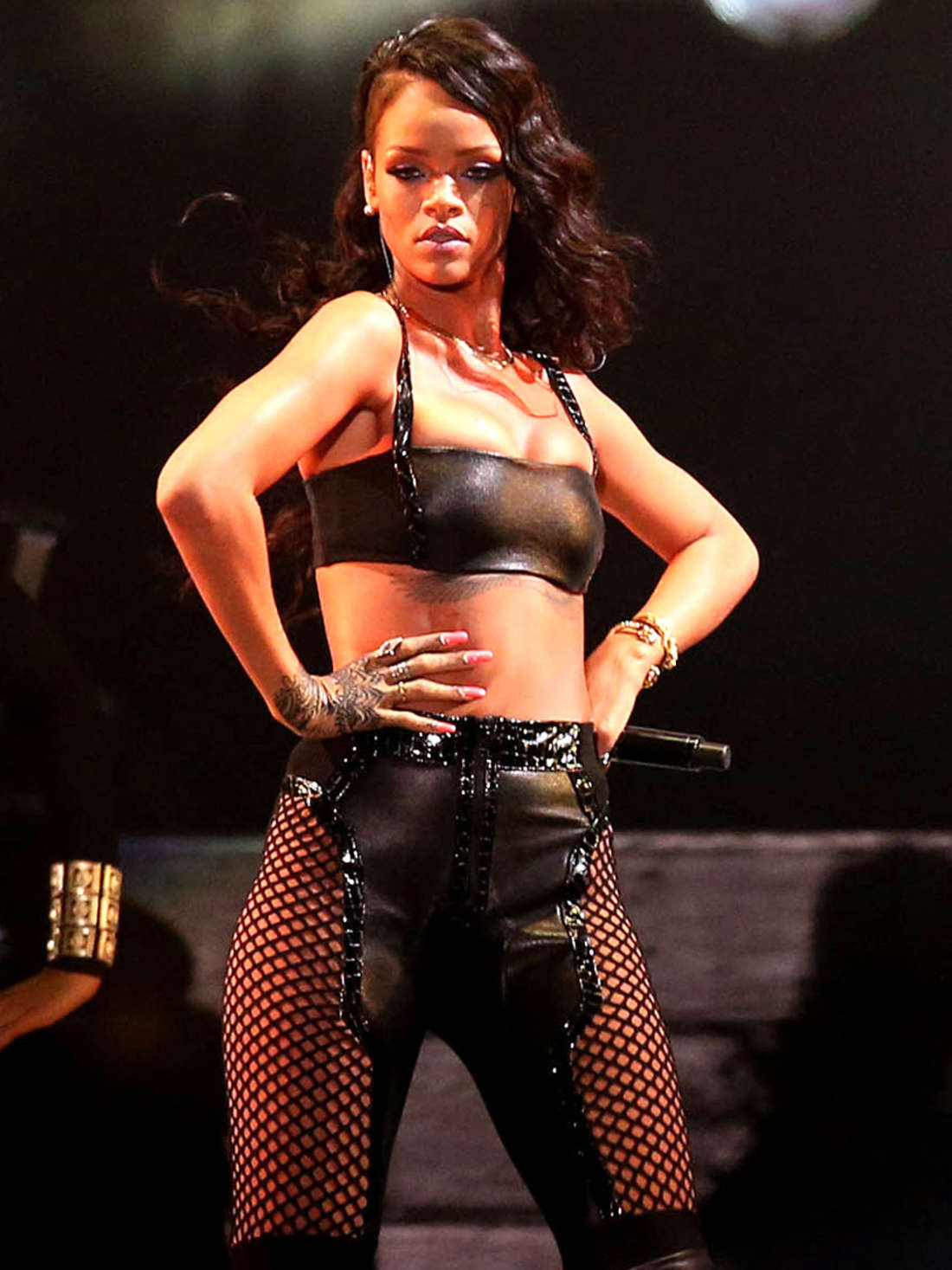 Rihanna In Leather Performs In Puerto Rico Gotceleb