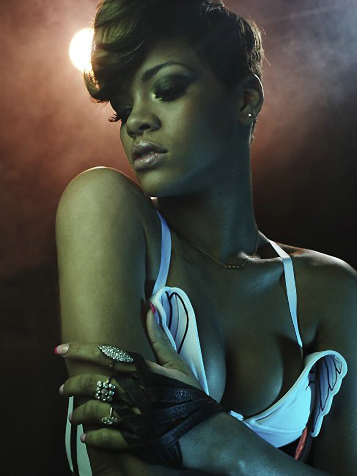 Rihanna rolling stone cover 2018