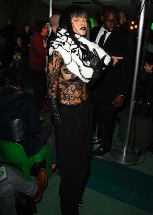 Rihanna: Jean Paul Gaultier Fashion Show -03