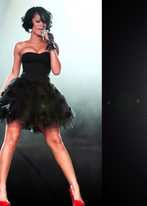 Rihanna Wallpapers Hot and New -03