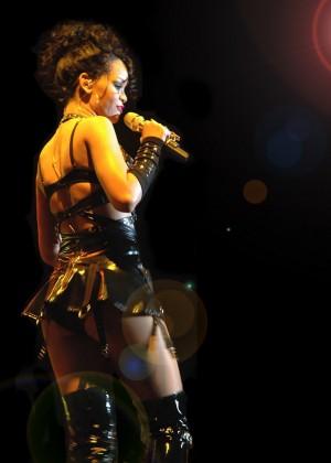 Rihanna Wallpapers Hot and New -06