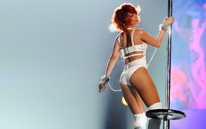 Rihanna Wallpapers Hot and New -12