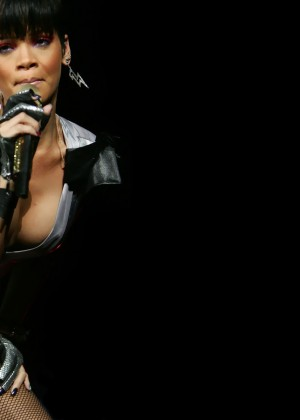 Rihanna Wallpapers Hot and New -21
