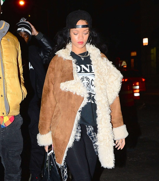 Rihanna Night Out - Leaving Nobu Restaurant in NY