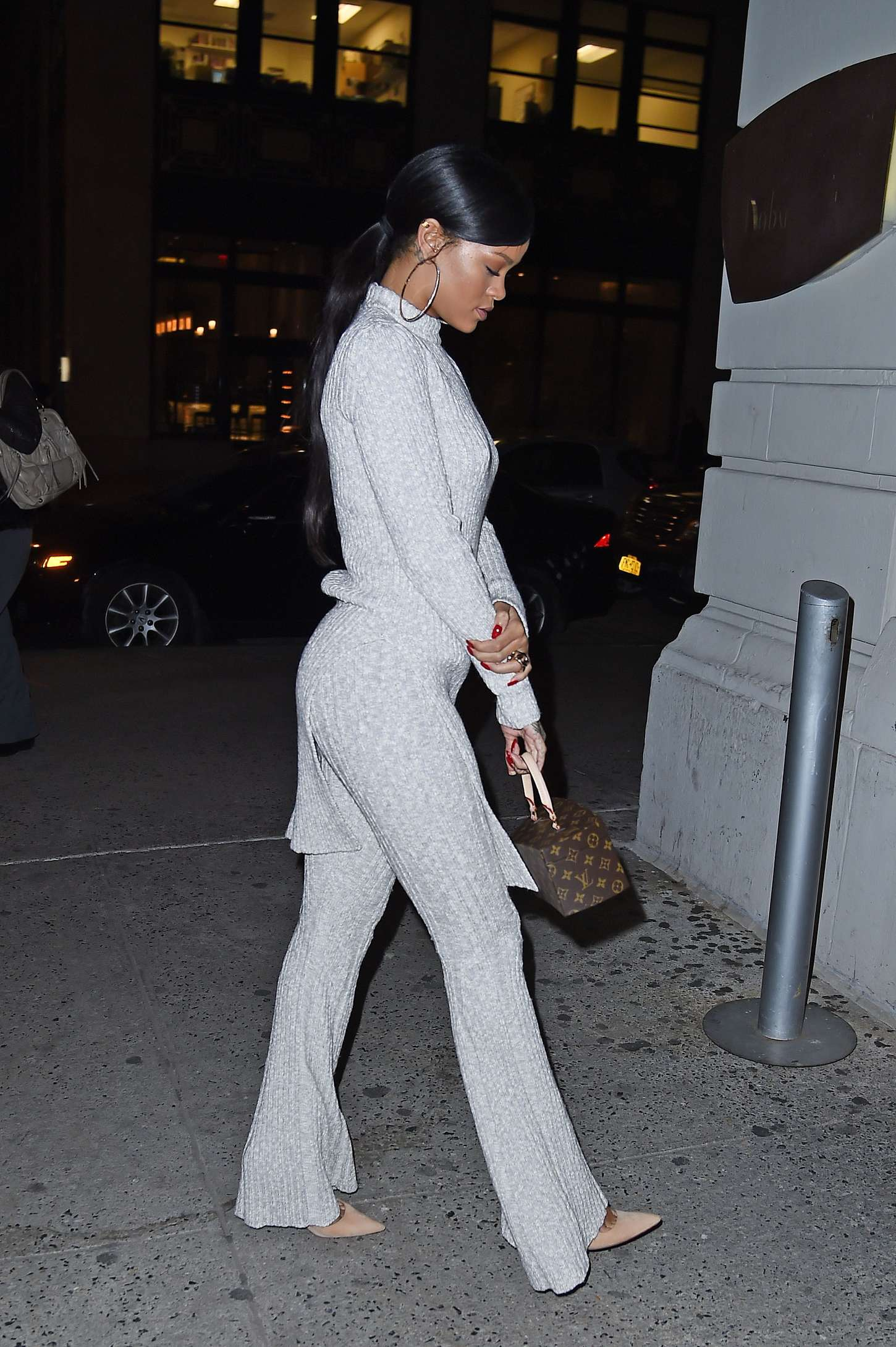 Rihanna 2014 : Rihanna in White at Philippe Chow Restaurant -12