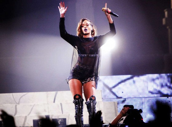 Rihanna performs during her Diamonds World Tour in Washington-21