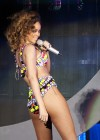 Rihanna Performs at Palacio de los Deportes in Madrid-15
