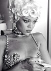 Rihanna: Pour It Up Making Of -07