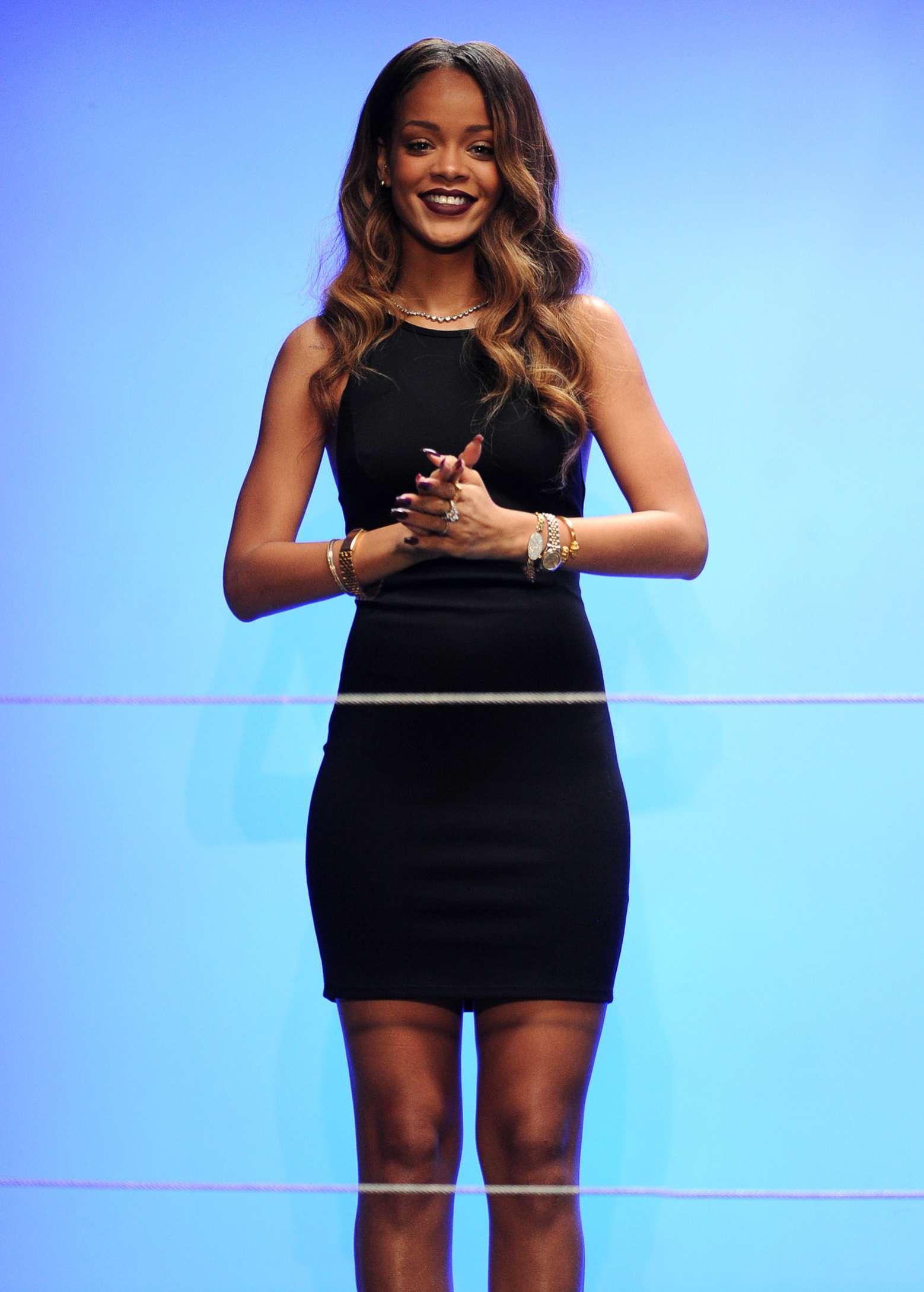 Rihanna river island collection show 2013 london fashion week