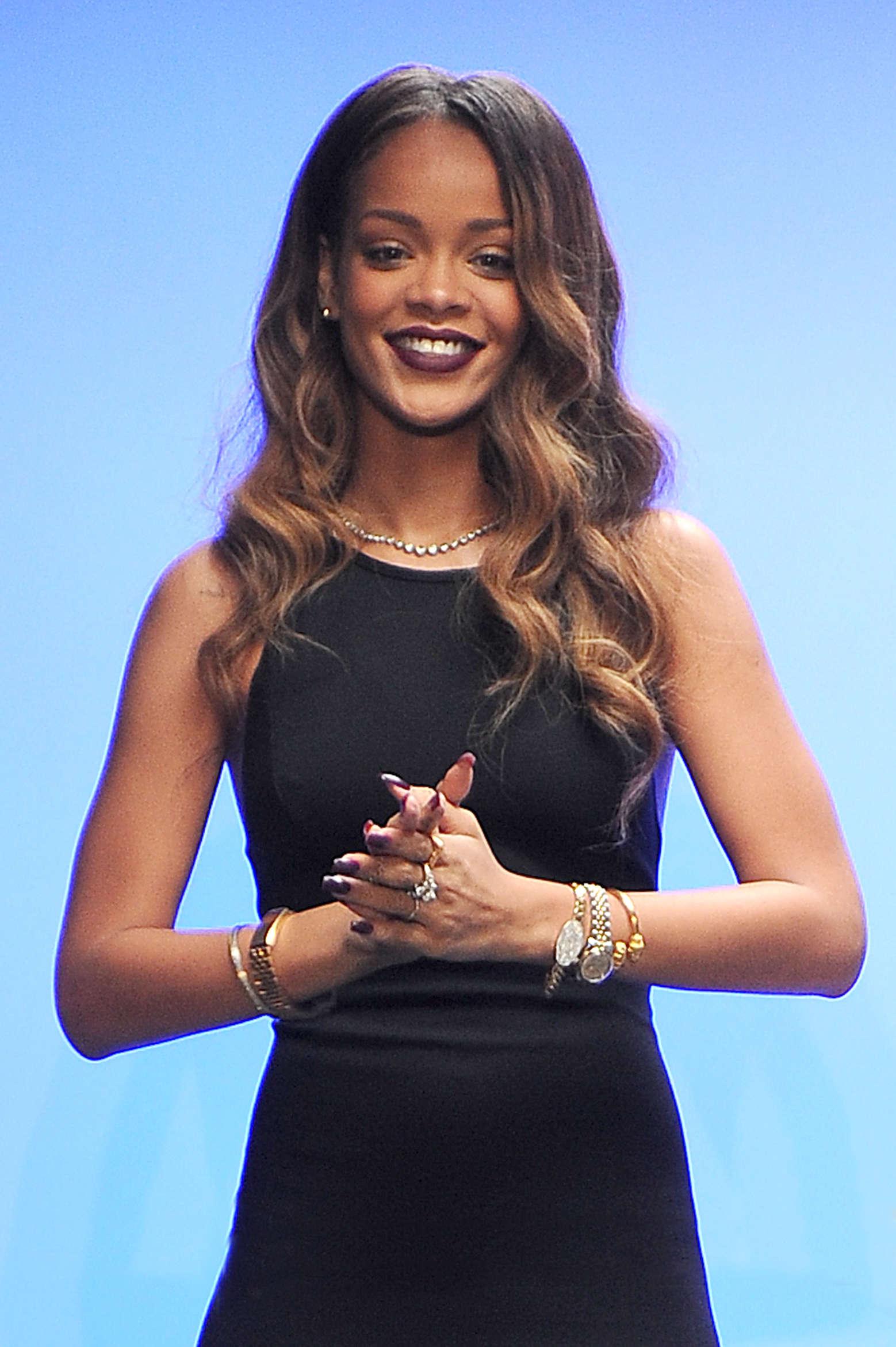 Rihanna Photos: 2013 Fashion Show in New York – Opening ... |Rihanna 2013