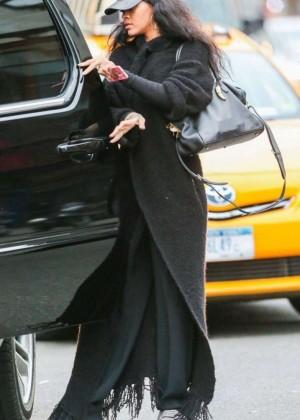 Rihanna - Shopping in New York