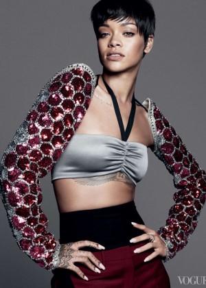 Rihanna: Vogue US -01