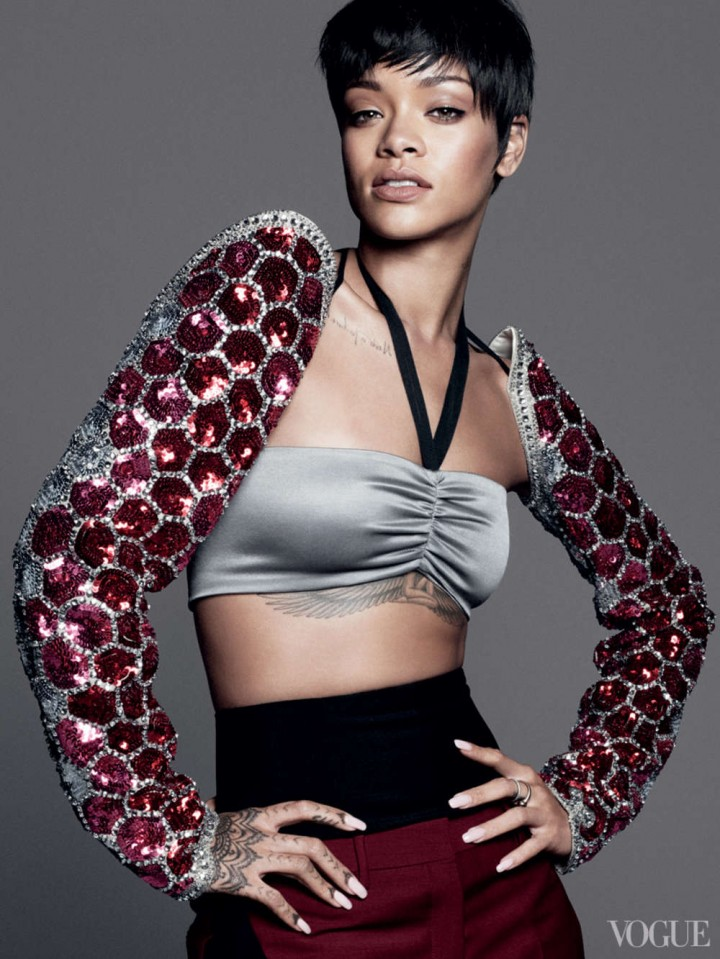 Rihanna: Vogue US -01
